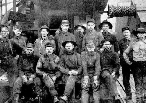 BOSTON-ON-KANAWHA - Cabot Station's 100 Years, World's